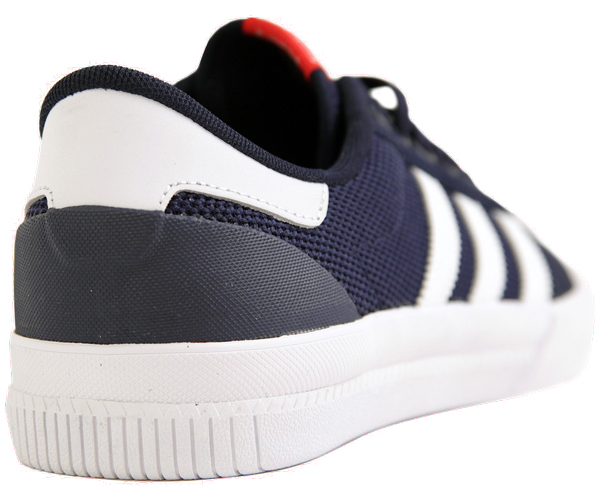 adidas le bogue de l'an 2000: new york, baskets, musique, mode,